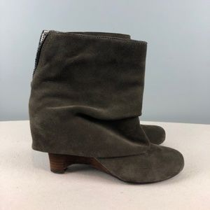 Naughty Monkey Fold Over Ankle booties Sz 7.5